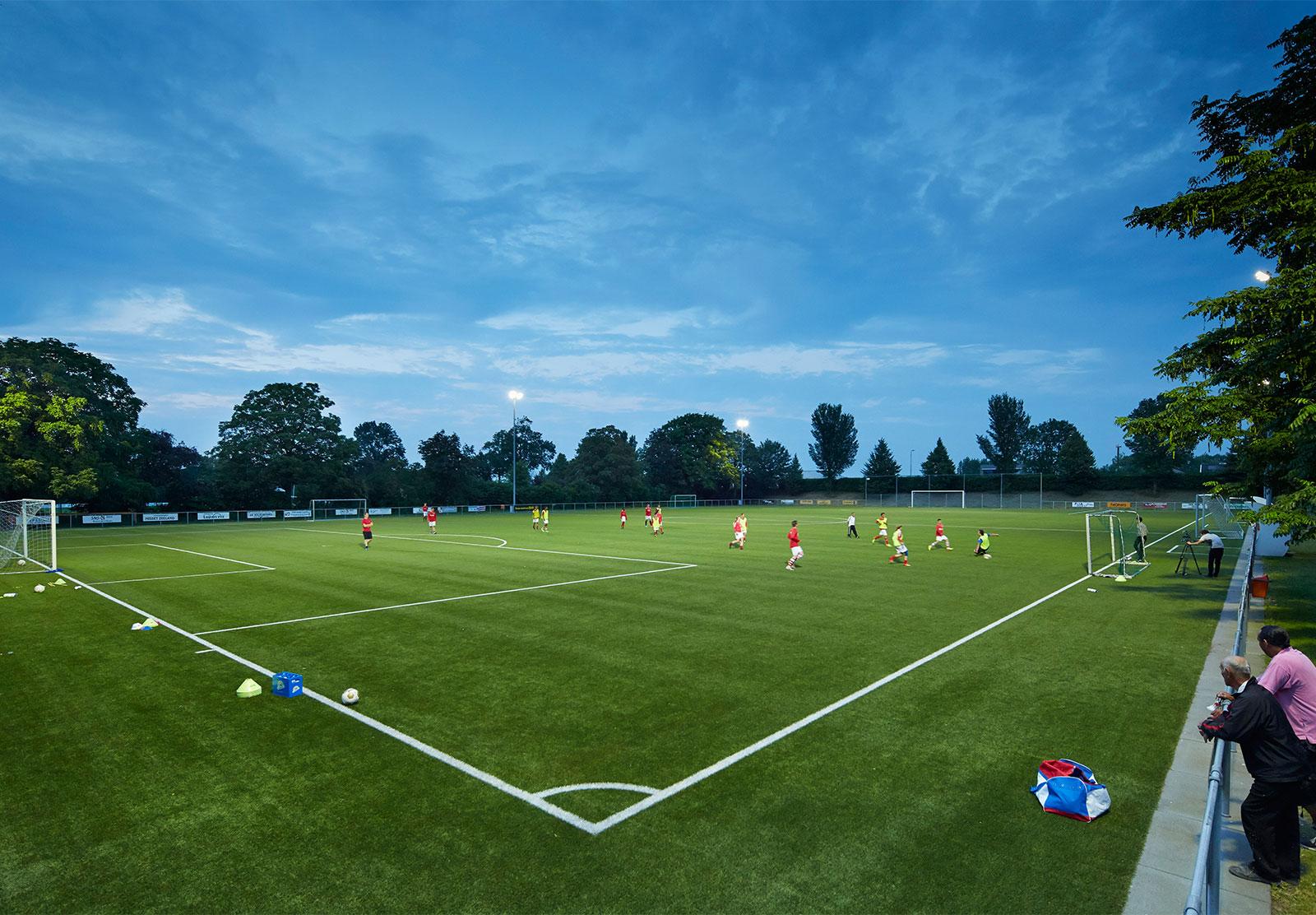 https://sportverlichting.com/wp-content/uploads/2019/10/home-voetbal.jpg